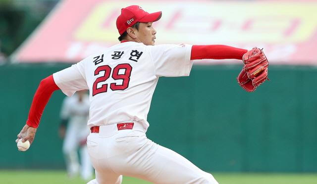 [사진=SK 와이번스 제공] 지난주엔 양현종. 이번주는 김광현.